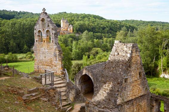 les ruines du chateau de Commaque