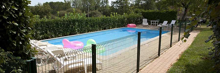 la piscine cloturée